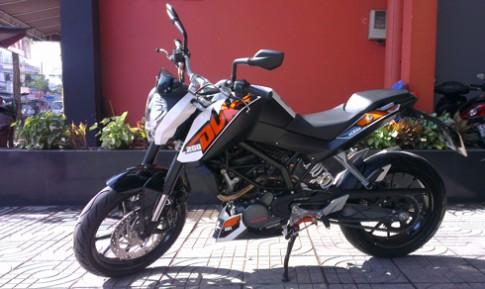 KTM Duke 200 Moto nho danh cho nguoi moi tap choi