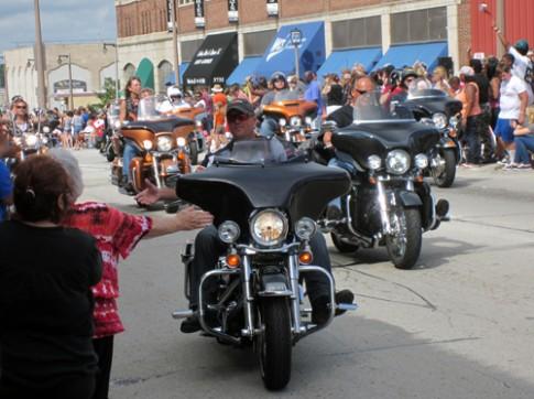Ky niem 110 nam hang xe dinh dam Harley Davidson