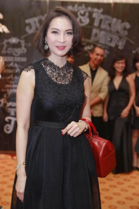 Le Khanh, Thanh Mai dan dau top sao dep voi vay nu tinh