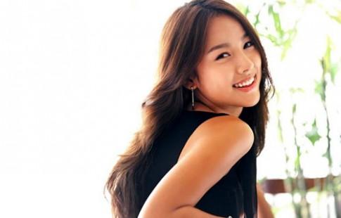 Lee Hyori thải độc cơ thể bằng nước chanh tươi