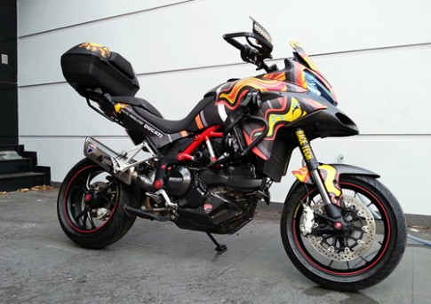 Len do choi doc Ducati Multistrada 1200S