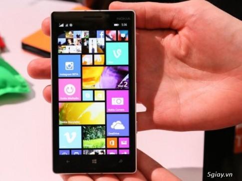 Lumia 930 san sang thay the 920