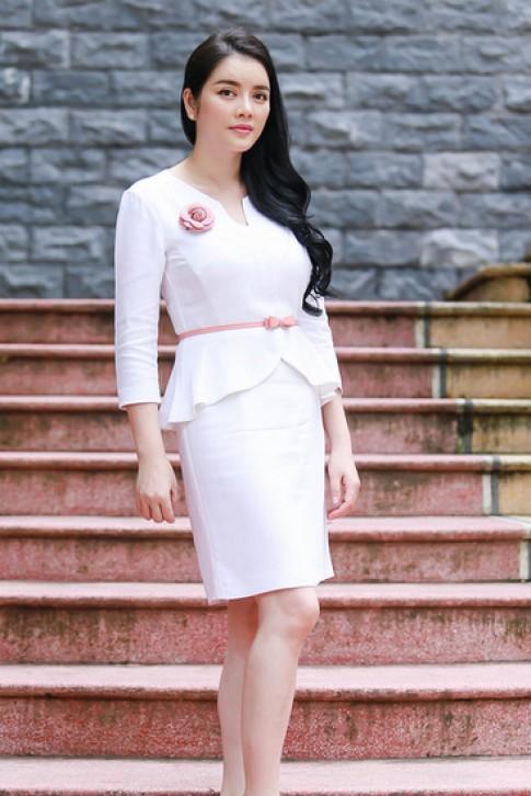 Ly Nha Ky, Angela Phuong Trinh mac dep nhat tuan