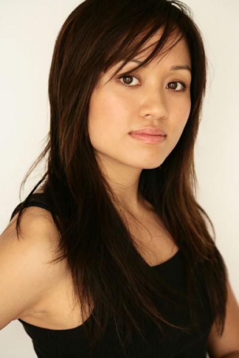 Mai Quynh: 'Make-up cho nguoi noi tieng can biet giu bi mat'