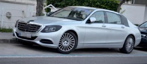 """Mercedes sap ra xe """"sieu sang"""" de canh tranh voi Rolls-Royce"""