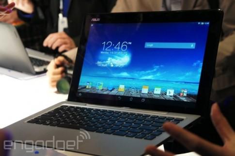 Microsoft, Google gay ap luc de Asus khong ban laptop 2 he dieu hanh