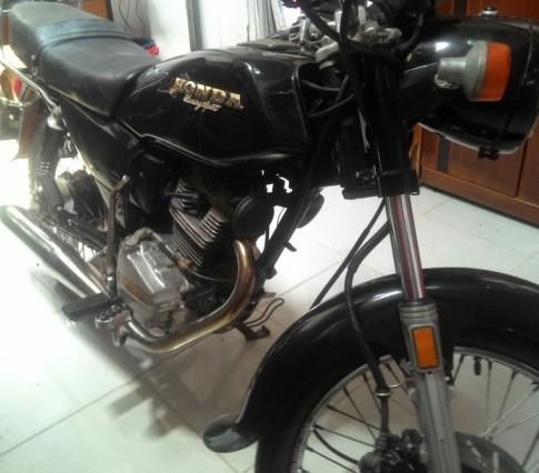 Moto Honda GL 150