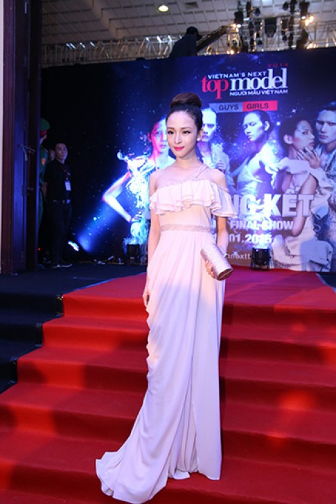 My nhan Viet da phong cach o tham do Next Top (2)
