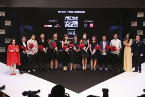 Nhà thiết kế chi 150 triệu để diễn Vietnam International Fashion Week