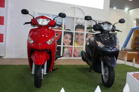 Nhieu mau xe Yamaha trung bay tai trien lam Auto Expo 2014.