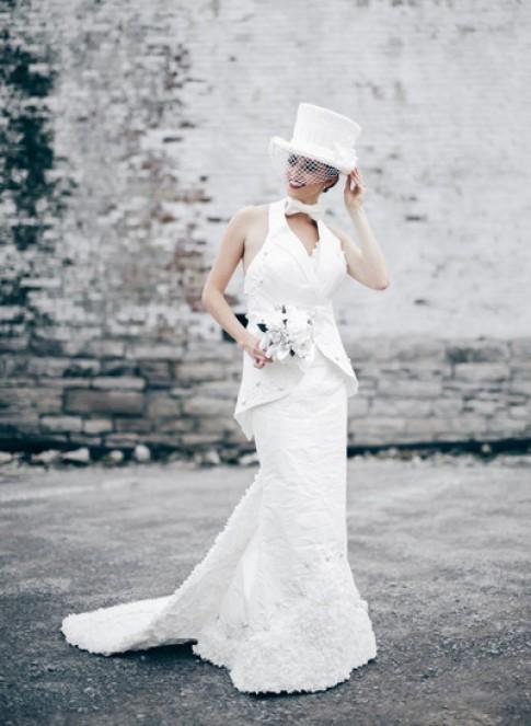 Những bộ váy cưới làm từ giấy vệ sinh