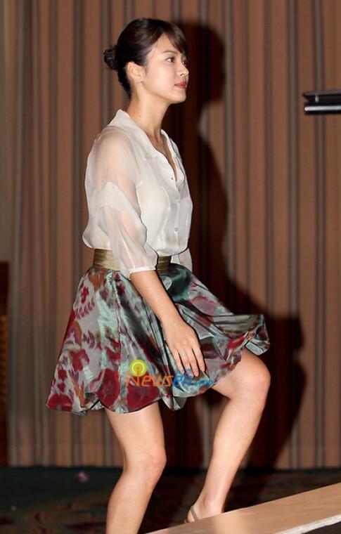 Nhung bo vay nen na cua Song Hye Kyo