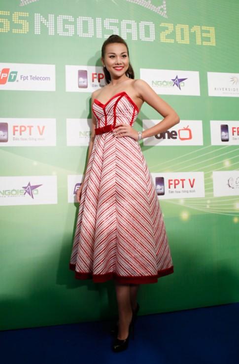 Nhung chiec vay an tuong tren tham do Miss Ngoi Sao 2013