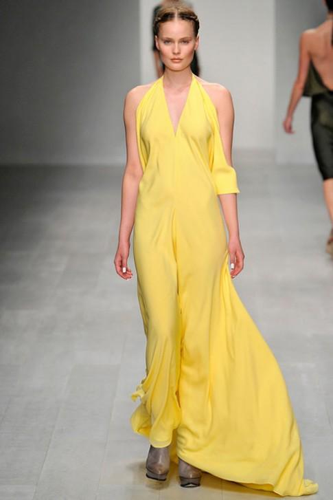 Những chiếc váy Xuân Hè 2013 đẹp nhất thế giới
