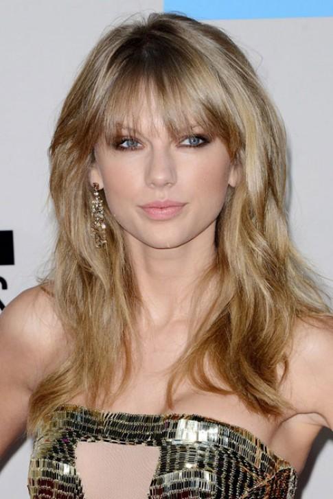 Nhung kieu trang diem dep nhat cua Taylor Swift
