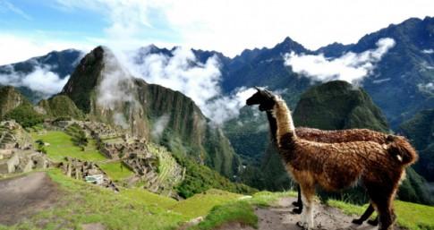 Peru, vung dat nhieu bi an