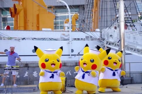 Pokemon dieu hanh trong le hoi o Yokohama