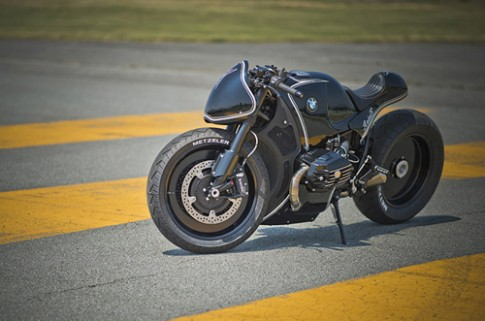 Quái vật BMW R NineT độ ấn tượng theo phong cách xe đua
