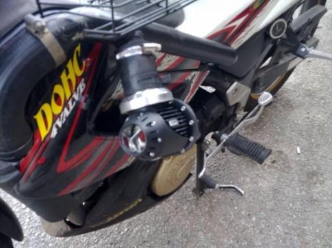 Raider 150 độ turbo đốt lốp khét lẹt