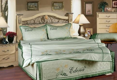 Sắc xanh tươi mát trong phòng ngủ