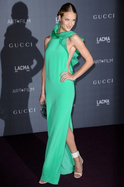 Sao trong cac thiet ke Xuan 2013 cua Gucci