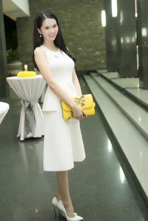 Sao Viet khoe sac trong show thoi trang cua Ly Nha Ky