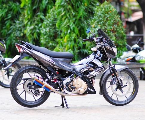 Satria F150 den xam cua biker Viet