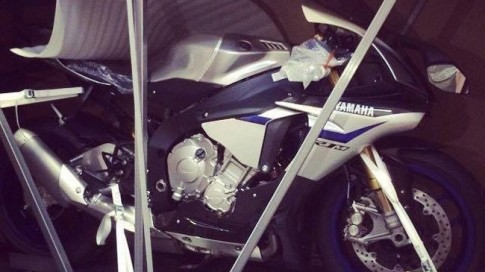 Sieu moto Yamaha R1M ve Viet Nam