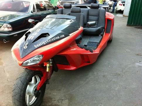 Sieu xe 3 banh phong cach Ferrari