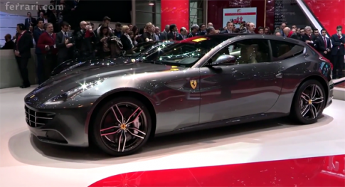 Sieu xe Ferrari duoc tich hop CarPlay cua Apple