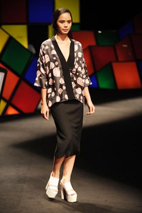 Sự tối giản, phóng khoáng trong thiết kế Việt Xuân Hè 2015