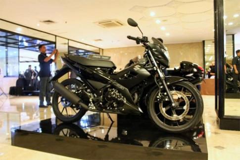 Suzuki giới thiệu Satria F150 phiên bản đen tuyền