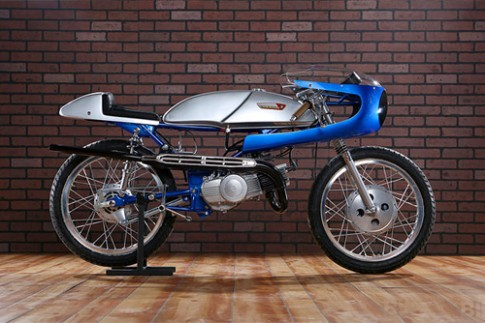Suzuki Stinger T125 doi 1969 do cafe racer