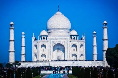 Taj Mahal - bieu tuong cua tinh yeu vinh hang
