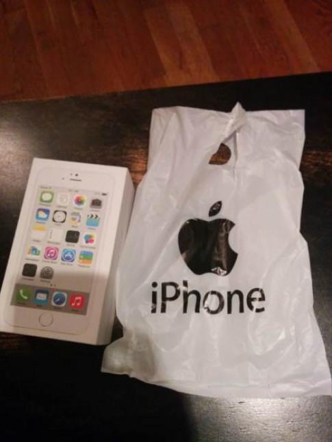 Tan mat iPhone 6 gia 3 trieu dong chay...Android