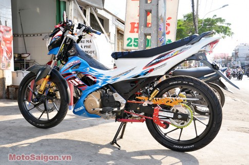 Tem dau cho Suzuki Raider 150