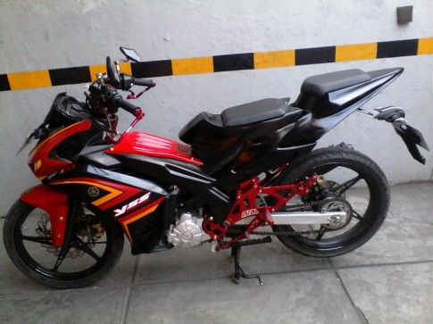 Thêm chiếc xe Yamaha X1R độ phong cách môtô của nước ngoài
