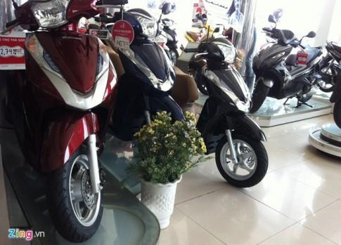 Thị trường xe máy rục rịch tăng giá bán