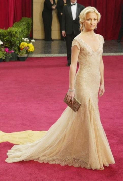 Thoi trang don sac cua Kate Hudson
