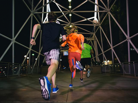 Thời trang và công nghệ trên adidas Energy Boost