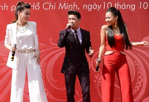 Thu Minh nong bong ben Ha Ho thanh lich
