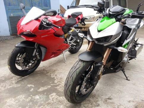 Thử so sánh giữa Z1000 và Ducati 899