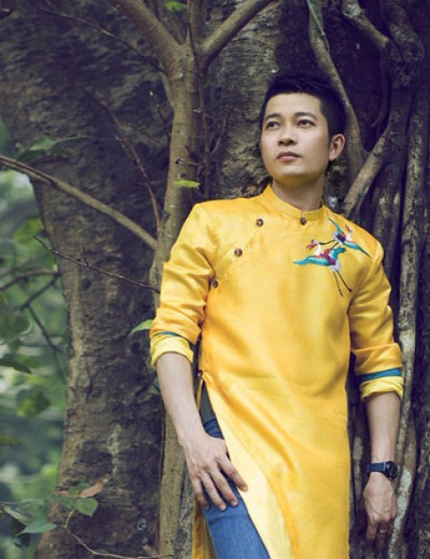 Thuan Viet: 'Pha cach ao dai khong kheo se thanh tham hoa van hoa'