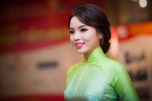 Thuy Lam, Ky Duyen trang diem dep nhat tuan