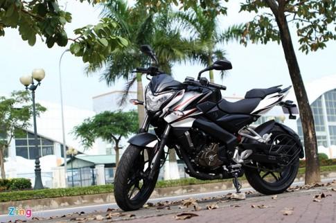Tren yen Bajaj Pulsar 200 NS chiec moto 200cc gia chi 90 trieu dong