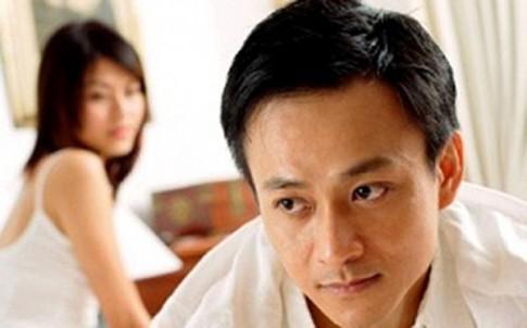 Trớ trêu chồng chở người tình đến khách sạn gặp vợ