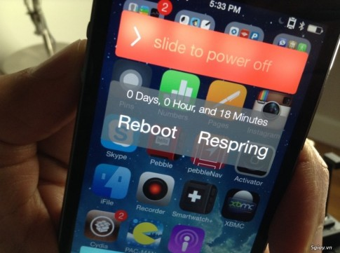 Tweak RePower: them cac tinh moi cho man hinh tat may tren iOS 7