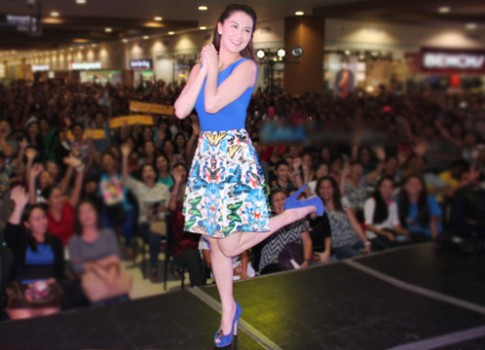 Vay ao nu tinh cua 'My nhan dep nhat Philippines'