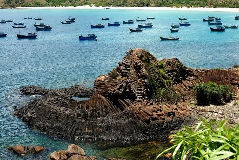 Vẻ đẹp hoang sơ và yên bình của vùng đất Phú Yên