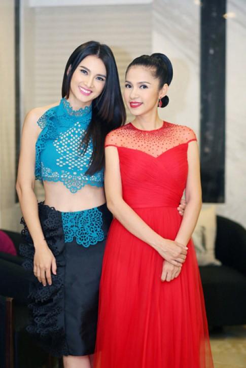 Viet Trinh, Jennifer Pham vao top sao dep
